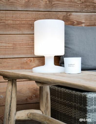 Moderne Tischlampe weiß