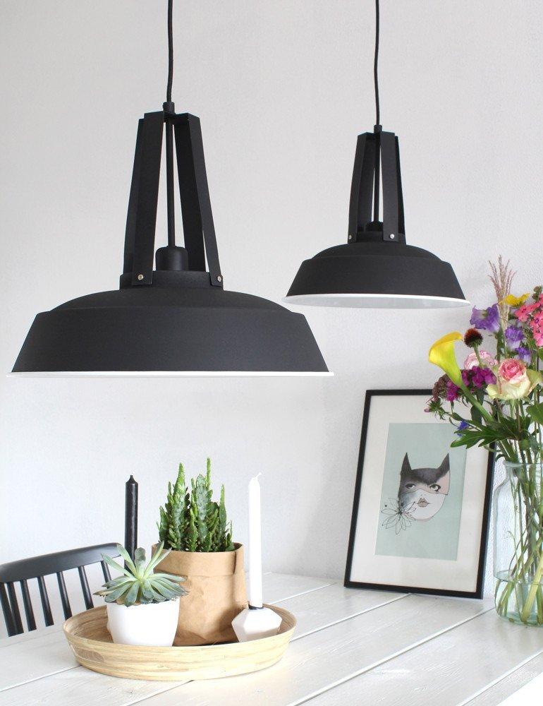 trendige pendelleuchte lumidem luna schwarz. Black Bedroom Furniture Sets. Home Design Ideas