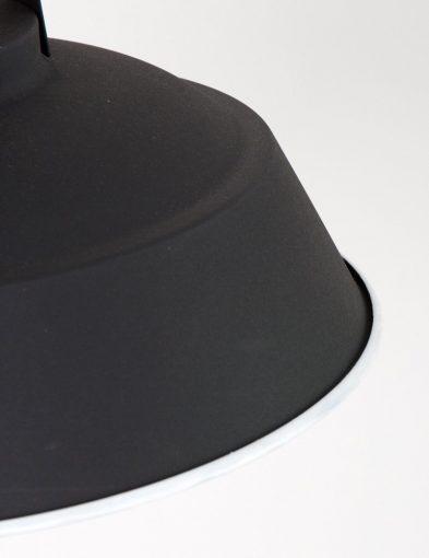 Eden-zwart-4