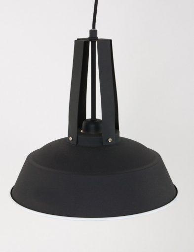 Eden-zwart-5