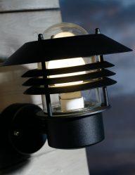 Außenlampe-klassisch-schwarz-2394ZW-1