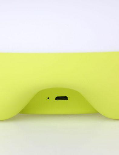 Kabellose-Nachttischlampe-mit-Touch-Funktion-1574G-3