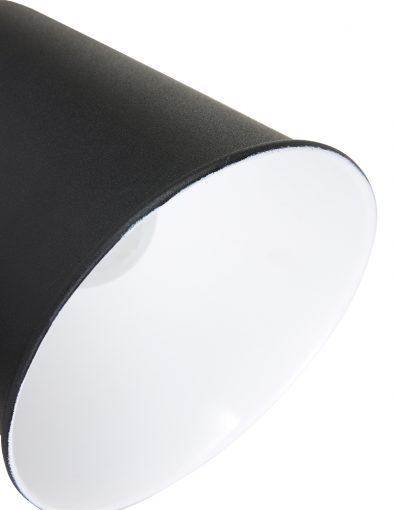 Robuste-Wandleuchte-aus-Schwarzem-Metall-1323ZW-1