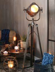 Schwarze Industrie-Stativ-Stehlampe-1934ZW